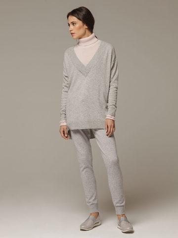 Женский серый джемпер с V-образным вырезом из 100% кашемира - фото 4
