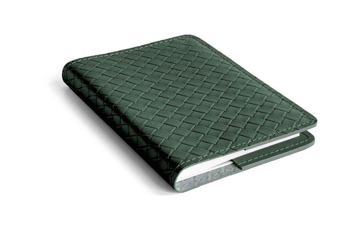 зеленый кожаный ежедневник как bottega veneto