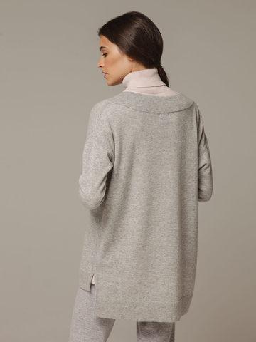 Женский серый джемпер с V-образным вырезом из 100% кашемира - фото 3