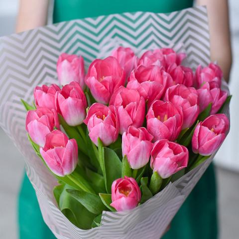 Тюльпаны розовые от 9шт