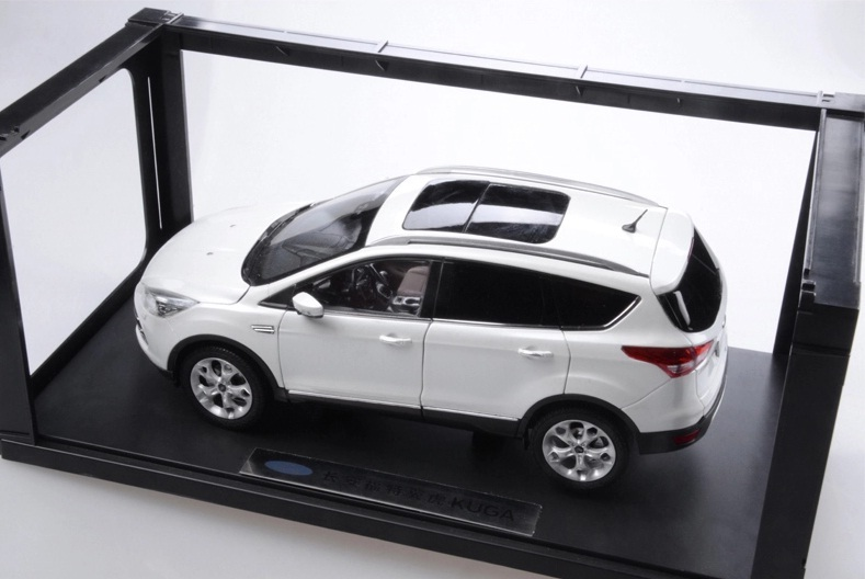 Модель FORD kuga 1:18 1 18 diecast model for ford kuga escape sport edition 2018 blue suv alloy toy car miniature collection gifts