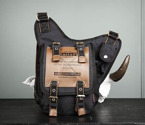 Мужская сумка черного цвета из текстиля отличного качества