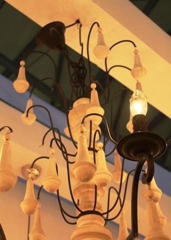 vintage chandelier  01-65 ( by Funky Vintage )