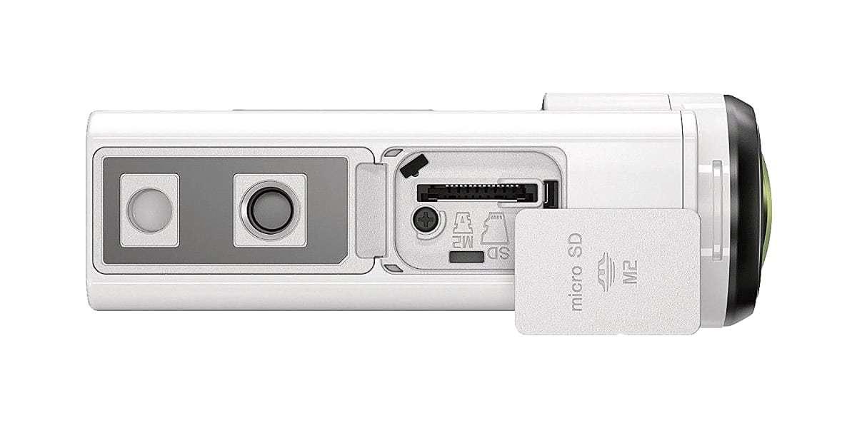 Экшн-камера Sony FDR-X3000 вид снизу