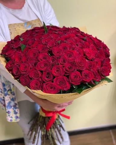 Букет из 101 красной розы (60 см)