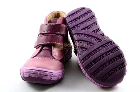 Ботинки Тотто из натуральной кожи на байке демисезонные для девочек, цвет фиолетовый. Изображение 9 из 11.