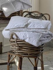 Наматрасник на резинке белый Hamam Comforters 180х200