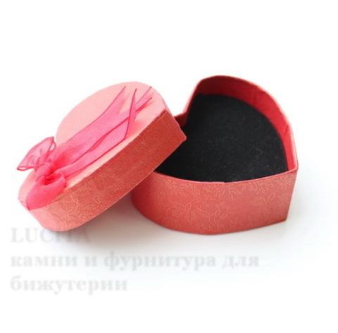 Подарочная коробочка с бантиком в виде сердца (цвет - красный), 74х66х32 мм