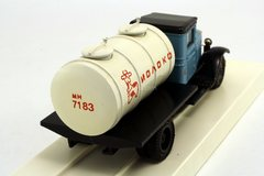 ZIS-5 Tanker Milk LOMO-AVM 1:43