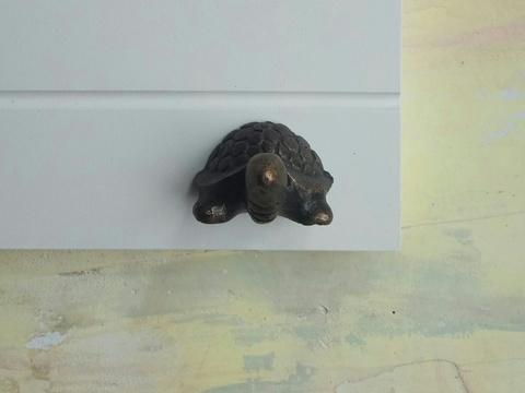 Ручка мебельная металлическая - чепепаха, арт. 000823