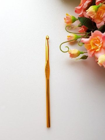 Крючок для вязания 4 мм. (металл)
