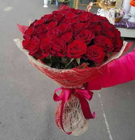 Букет из 51 розы (Бордо)