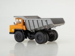BELAZ-7522 Dump truck early orange-gray 1:43 Dealer models BELAZ