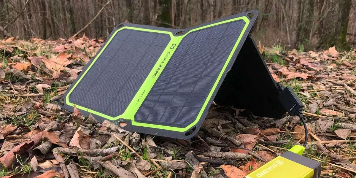 Солнечная панель Goal Zero Nomad 7 Plus на земле