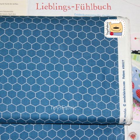 Ткань для пэчворка 20802 (соты на синем) 45х55см