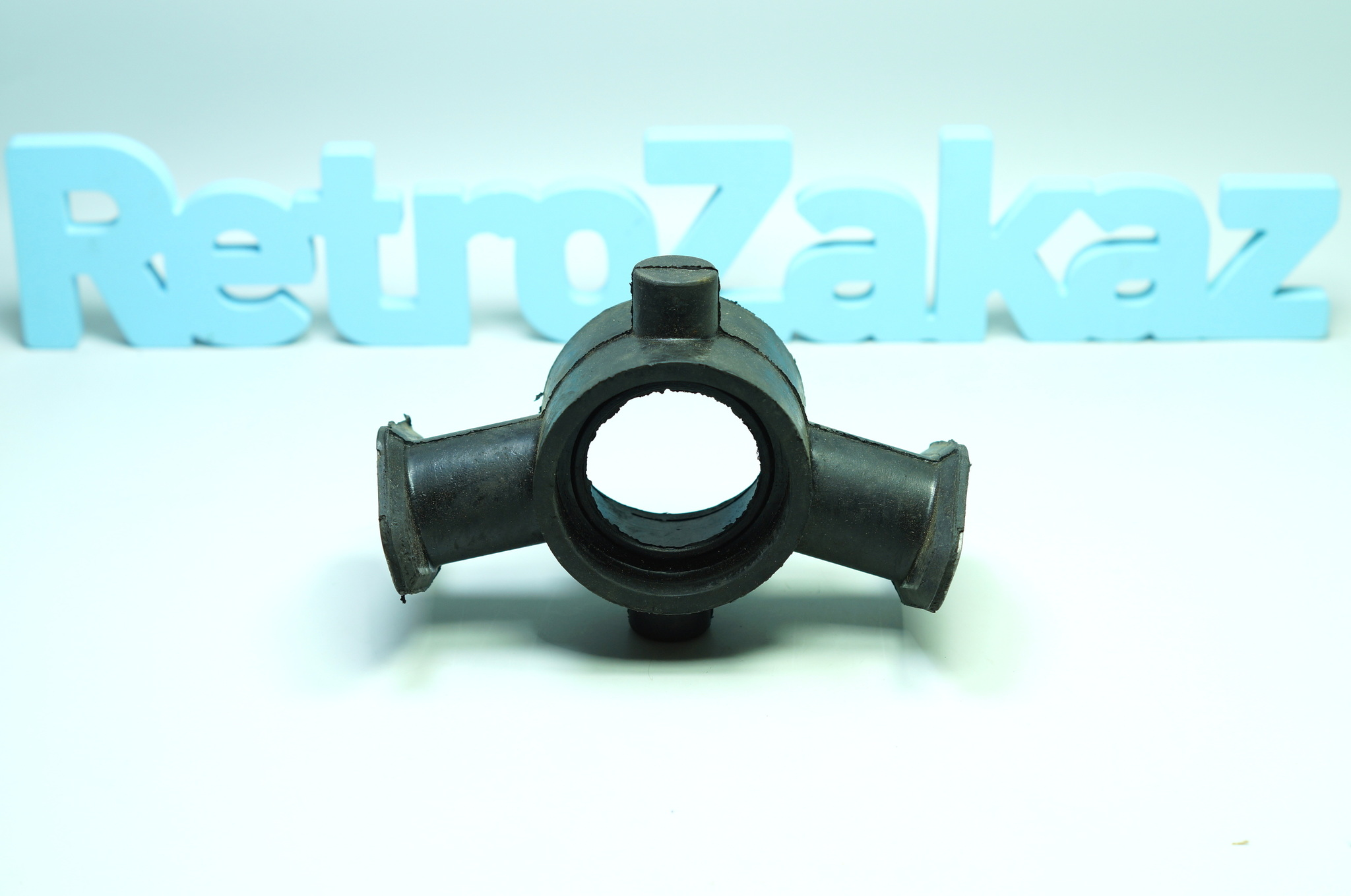 Промежуточная опора карданного вала Газ 21