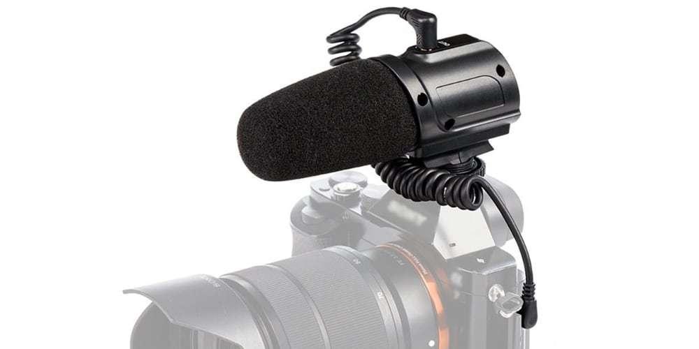 Микрофон-пушка Saramonic SR-PMIC3 Surround на камере