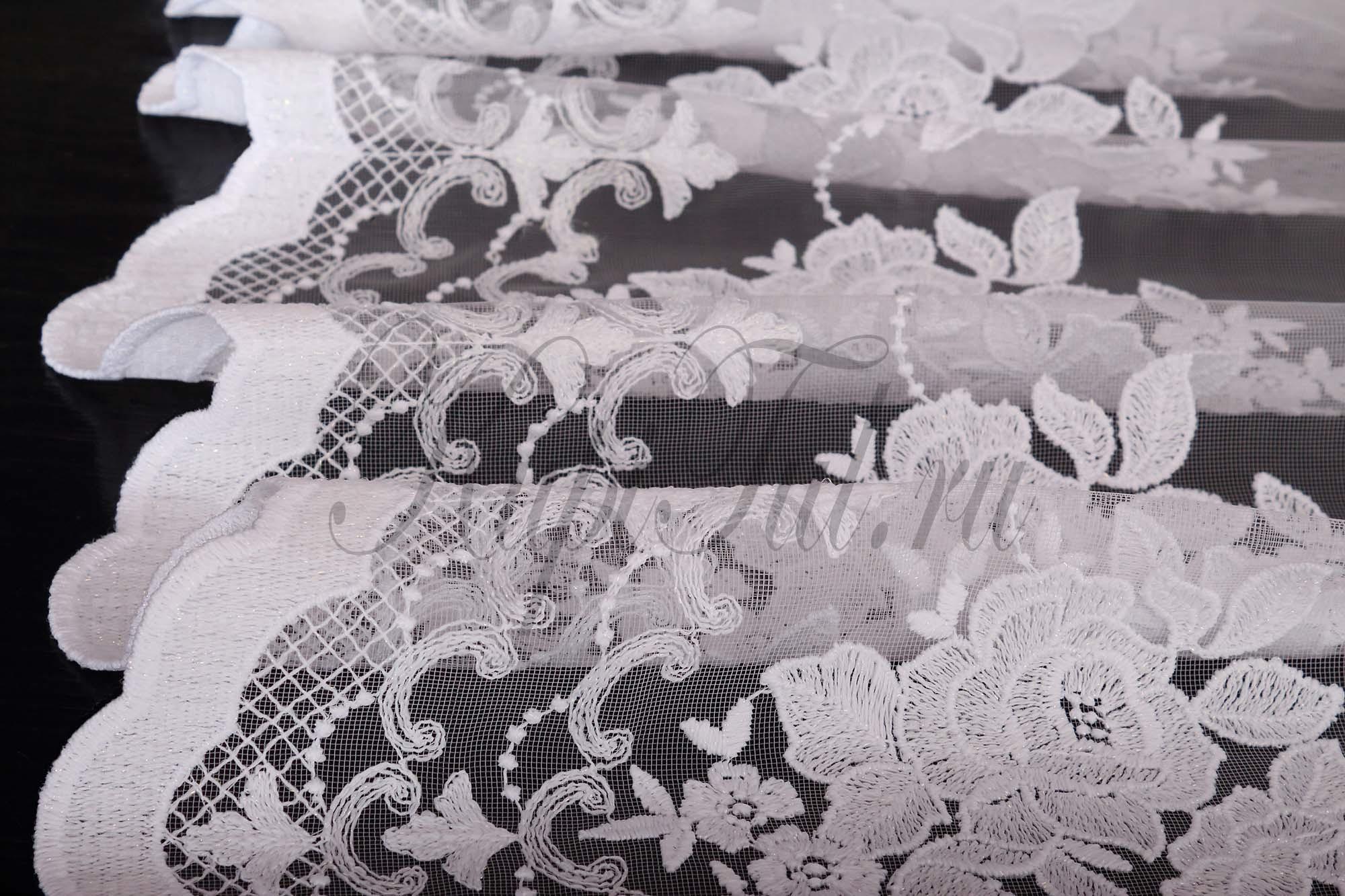 Микросетка с вышивкой Розы (белая)