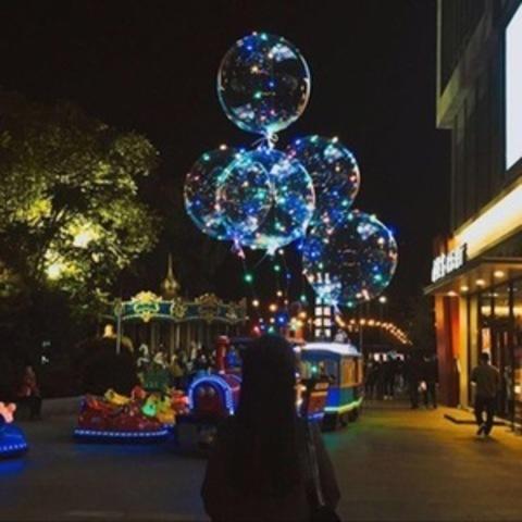 Светящийся шар с цветной подсветкой