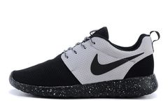 Кроссовки Мужские Nike Roshe Run Noir Blanc All Black White Middle