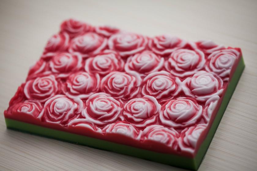 Мыло Розы. Форма под нарезку
