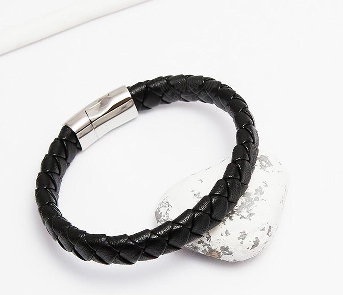 цена на Monzo, Плетеный мужской браслет из натуральной кожи черного цвета (21 см)