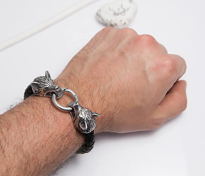 BM471 Мужской браслет из шнура со стальными волками (20 см) фото 05