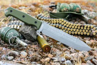 Нож выживания Survivalist X AUS-8 TacWash Green G10